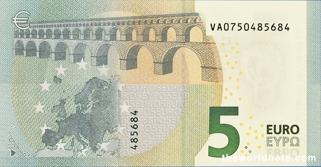 2 May 2013 Introduction of the new €5